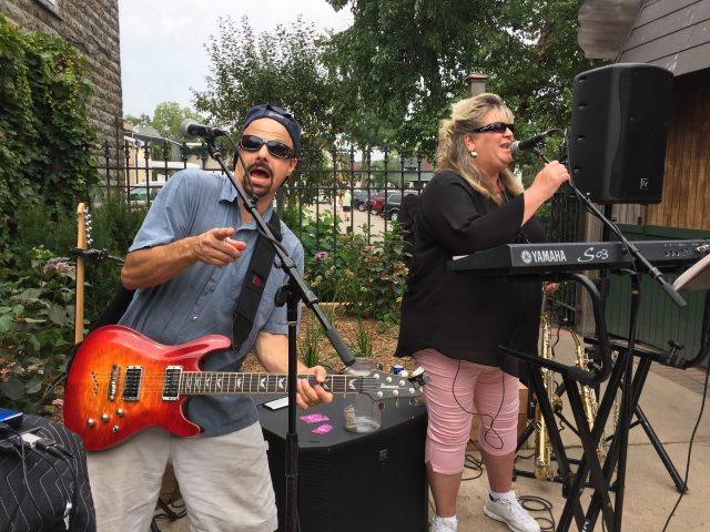 "10/07/18- LIVE MUSIC in ""The Garden"" by ""Dawn and Dan"""